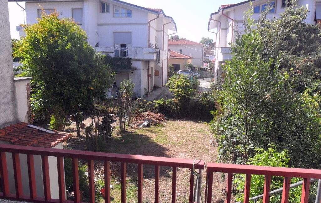 Appartamento 1°Piano con giardino zona mare a Torre del Lago (1)