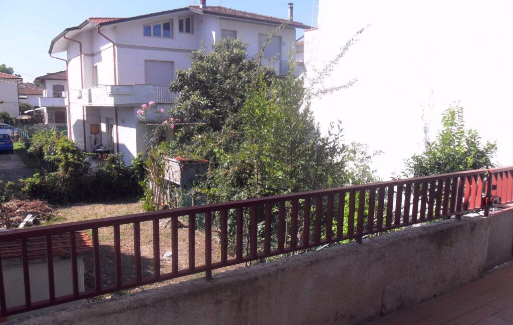 Appartamento 1°Piano con giardino zona mare a Torre del Lago (2)