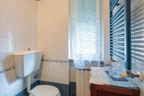 Appartamento II° Piano zona quartiere Versilia a Viareggio (15)