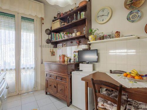 Appartamento II° Piano zona quartiere Versilia a Viareggio (16)