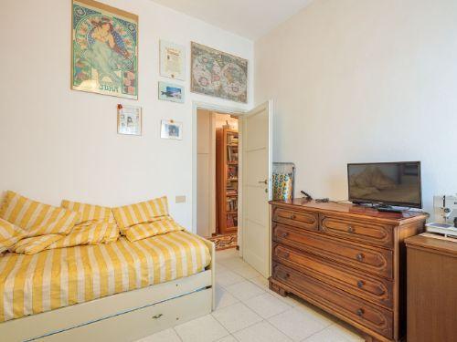 Appartamento II° Piano zona quartiere Versilia a Viareggio (7)