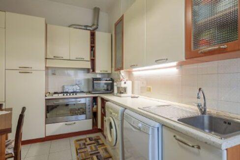 Appartamento II° Piano zona quartiere Versilia a Viareggio (8)