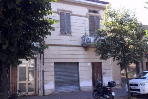 Appartamento + fondo commerciale zona mare a Torre del Lago (2)