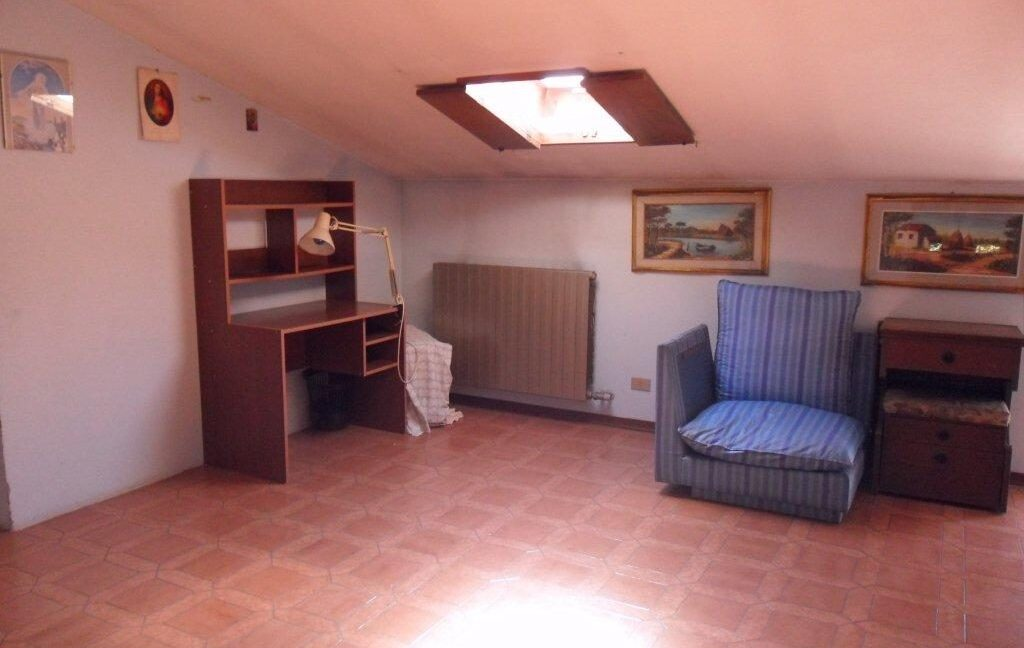 Appartamento + fondo commerciale zona mare a Torre del Lago (20)