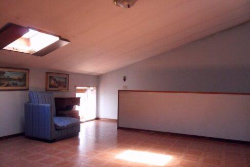 Appartamento + fondo commerciale zona mare a Torre del Lago (21)