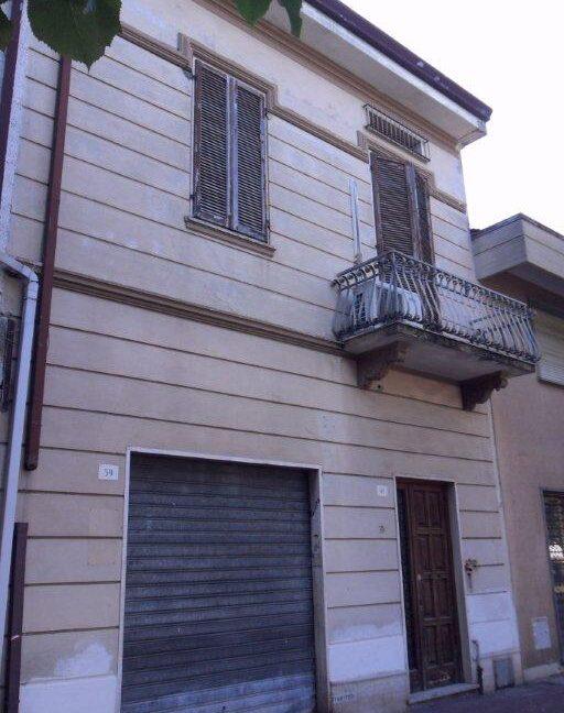 Appartamento + fondo commerciale zona mare a Torre del Lago (24)