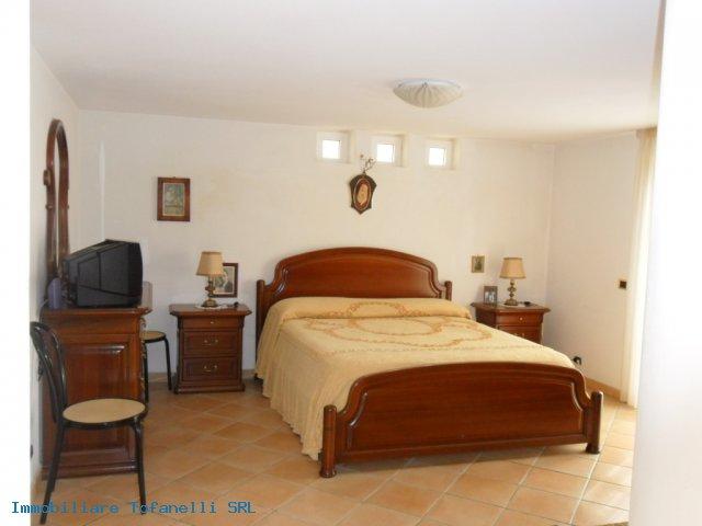 Villa con terreno in zona panoramica a Massaciuccoli (23)