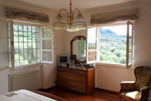 Villa con terreno in zona panoramica a Massaciuccoli (27)