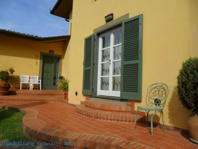 Villa con terreno in zona panoramica a Massaciuccoli (3)
