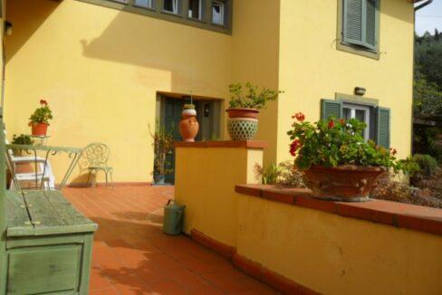 Villa con terreno in zona panoramica a Massaciuccoli (6)