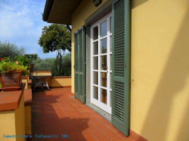 Villa con terreno in zona panoramica a Massaciuccoli (7)