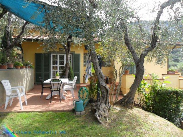 Villa con terreno in zona panoramica a Massaciuccoli (8)