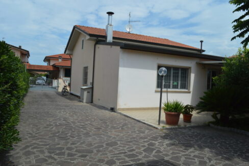 Villino Piano Unico zona mare a Torre del Lago (6)